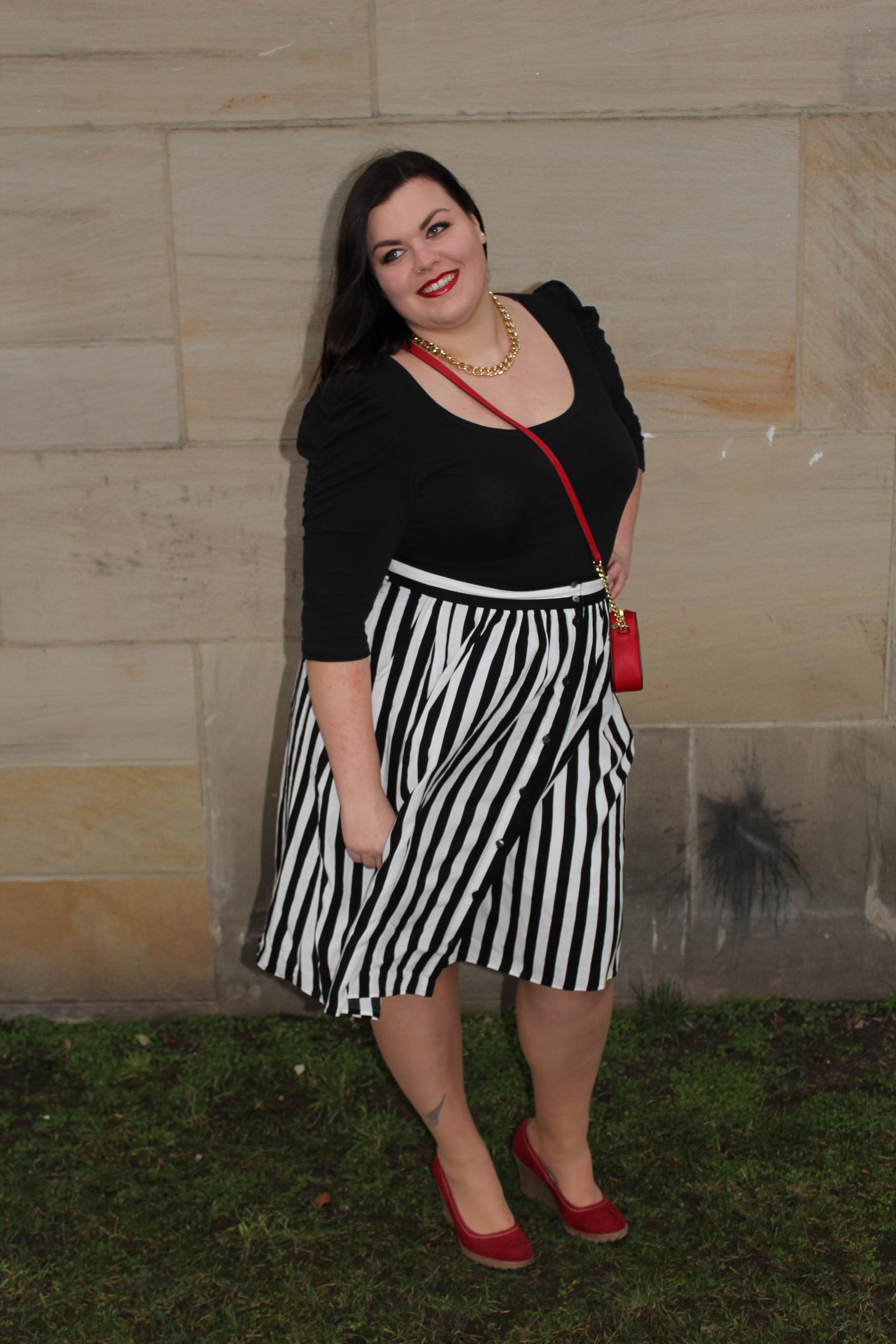 Anna Curve Stripes Stripes Stripes file name