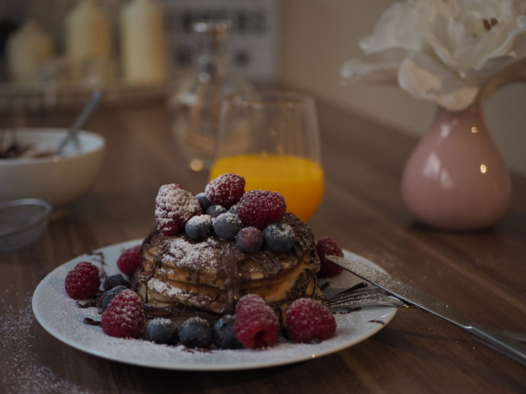 Anna Curve Pancakes for Sunday 8217 s Breakfie file name