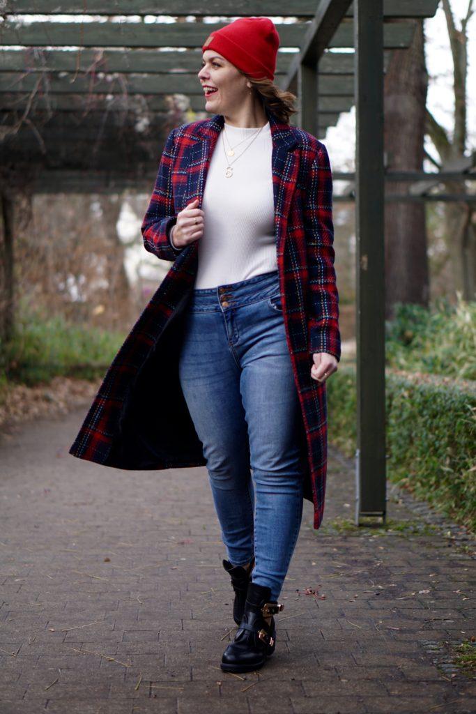 Anna Curve Wool Coat 038 Beanie file name