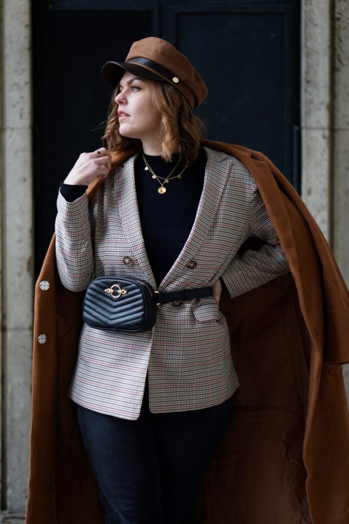 Anna Curve Wool coat blazer 038 belt bag file name