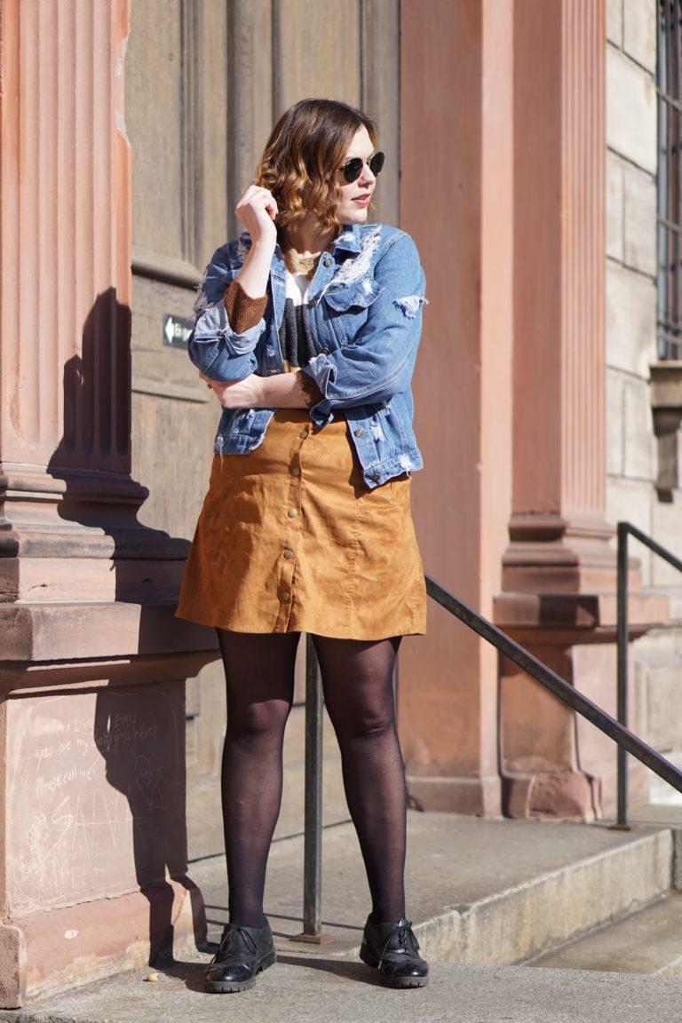 Anna Curve Destroyed Denim 038 Leather Skirt file name