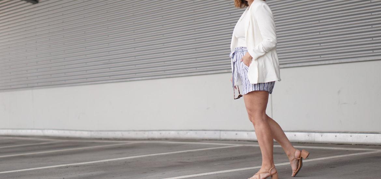 Anna Curve White Blazer 038 Linen Shorts file name