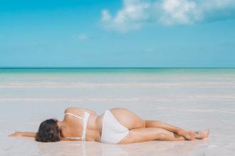 Anna Curve Summer is calling bikinibodynotsorry file name